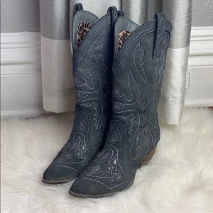 Reba Weatern Backstage Suede Embroidered Boots